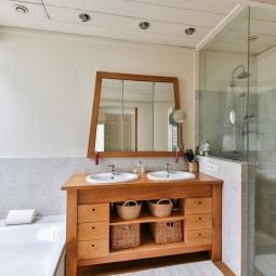 Egyedi fürdőszoba bútor készítés